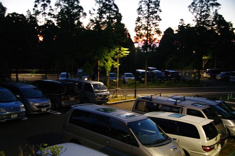 屋久杉自然館の駐車場